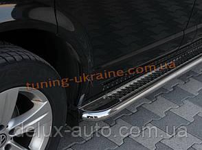 Боковые пороги площадка труба с листом из нержавейки на Hyundai Santa Fe 2013