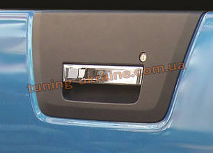 Накладка на заднюю ручку Carmos на Nissan Navara D40 2005-2009