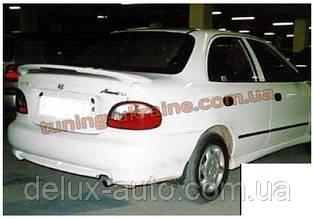Спойлер со стопом под покраску на Hyundai Accent 1999-2005