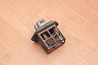 Резистор вентилятора печки 2715013E60 Nissan Maxima 1985-1988, фото 1
