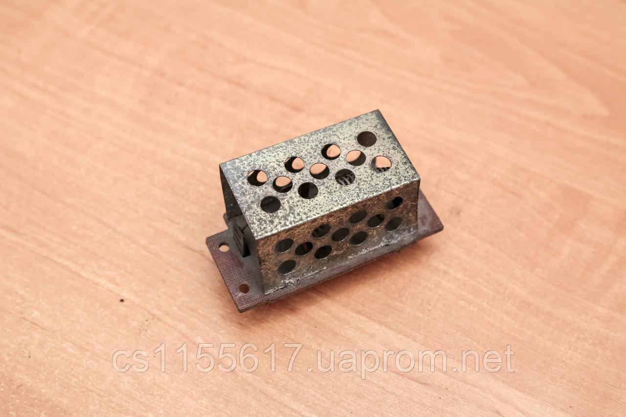 Резистор / реостат вентилятора печки отопителя Volvo 340, 360