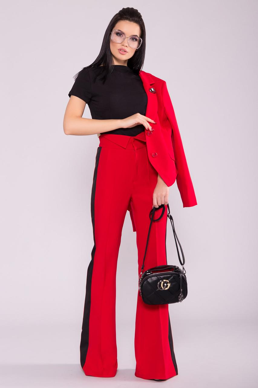 Женский брючный костюм двойка приталенный пиджак и расклешенные брюки (S, M, L) красный