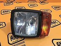 Фара передняя правая на JCB 3CX, 4CX номер :700/50055, 700/50121