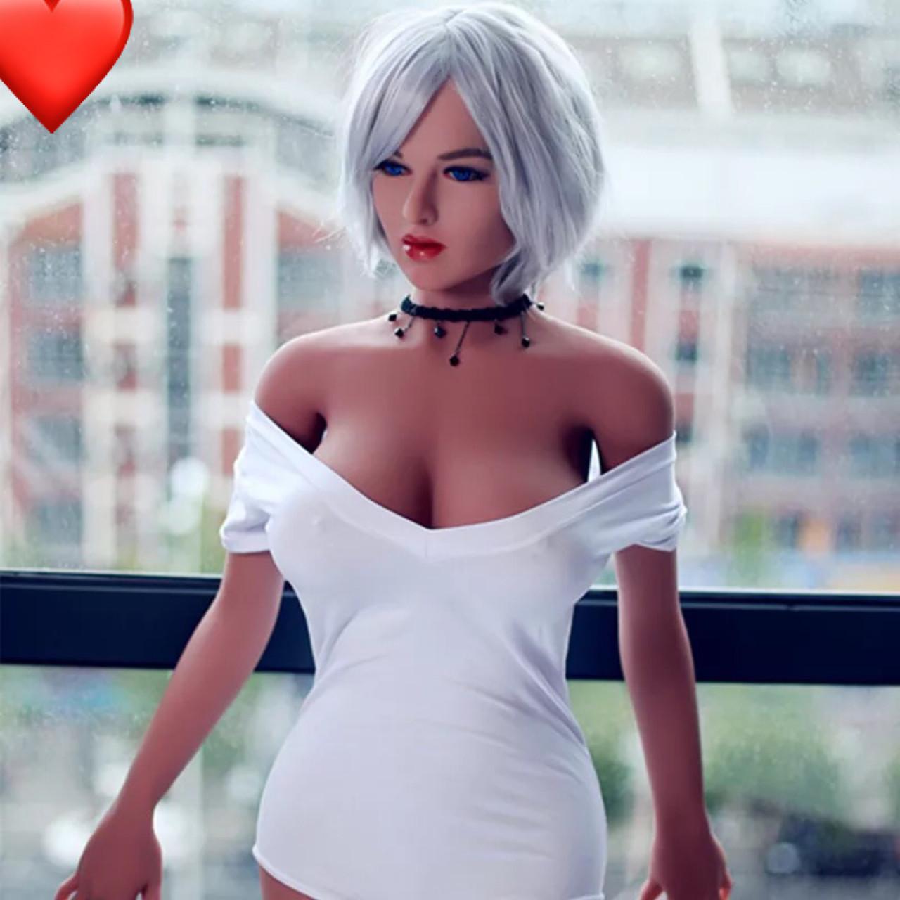 Реалистичная секс-кукла