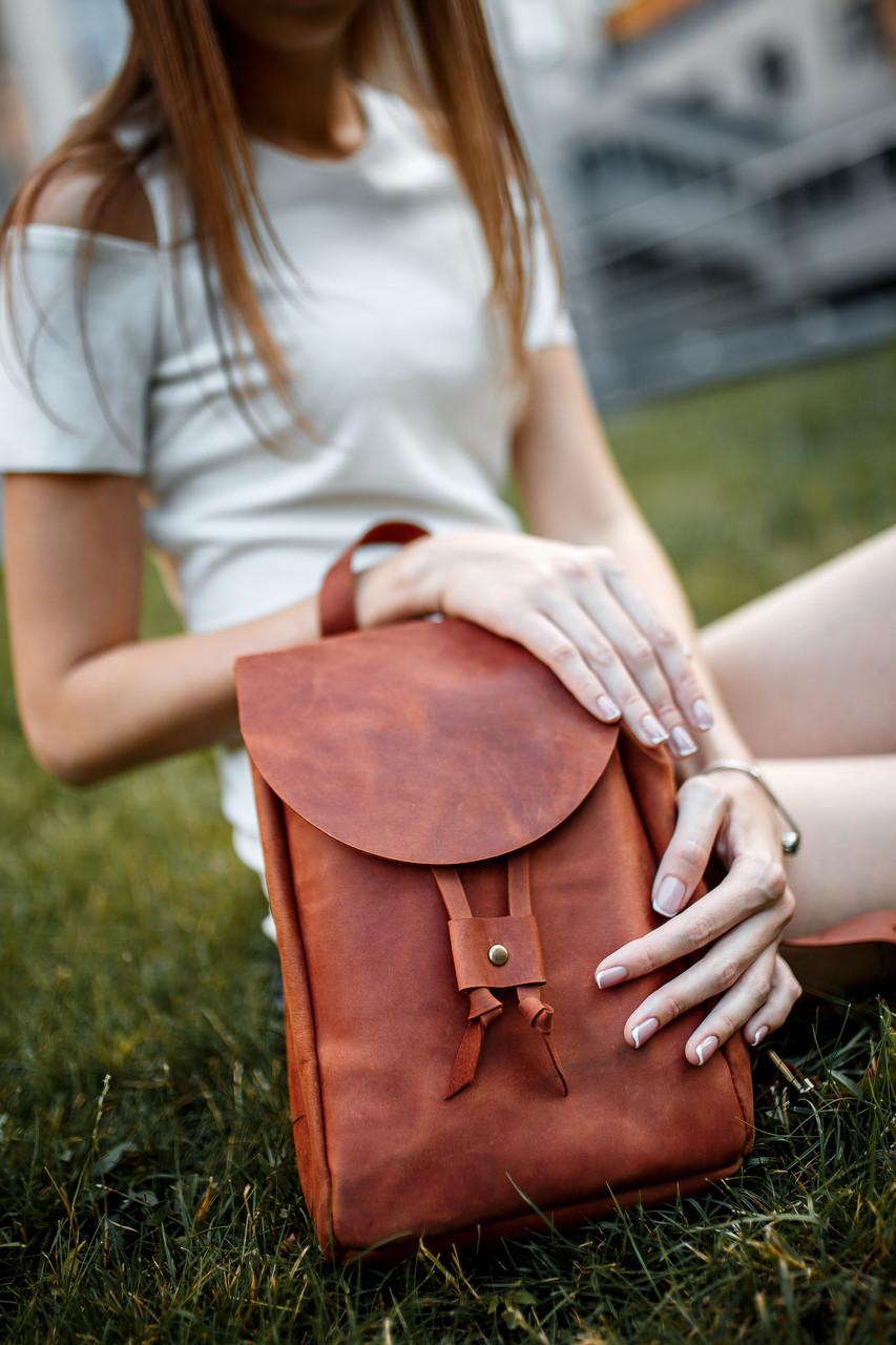 Кожаный рюкзак на затяжках с свободным клапаном Винтажная кожа цвет Коньяк