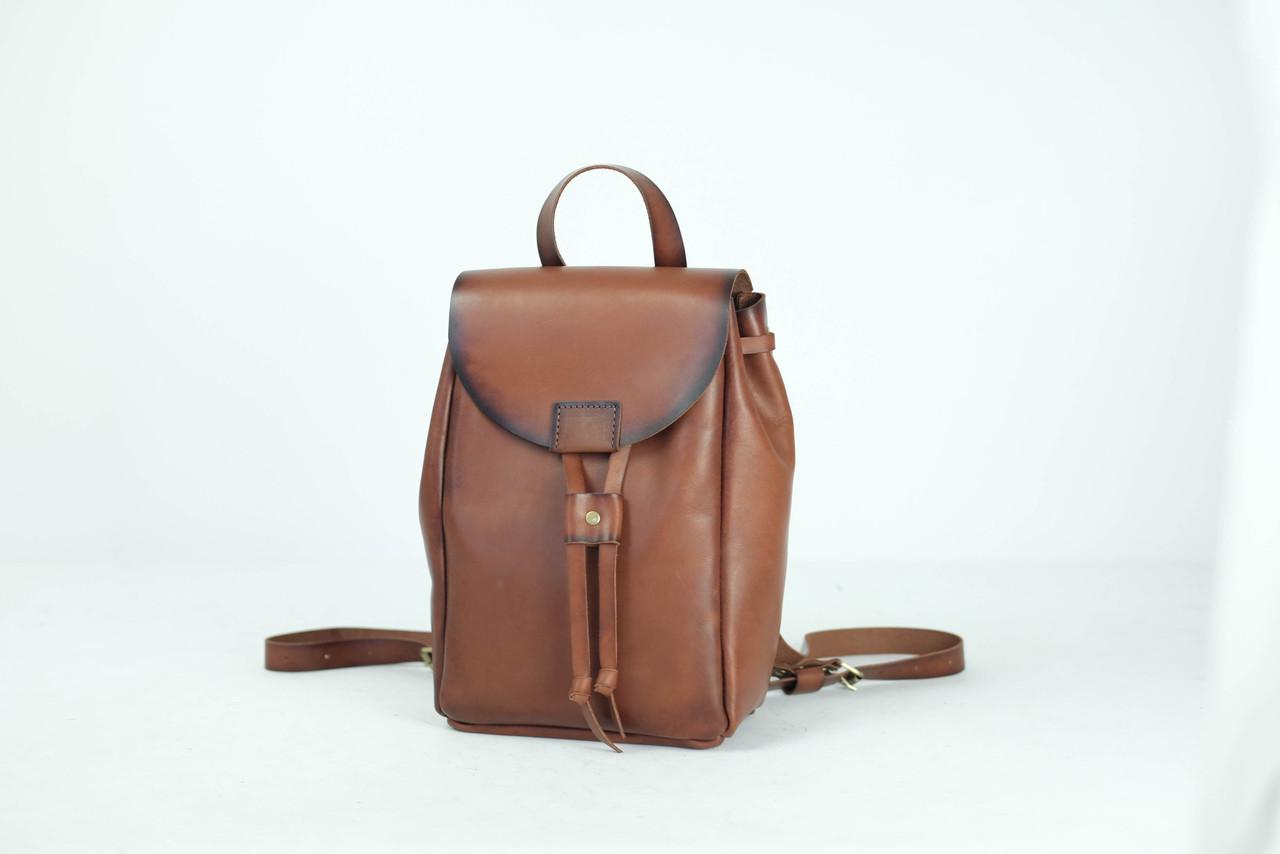 Кожаный рюкзак на затяжках с магнитом, размер средний Кожа Итальянский краст цвет Коричневый