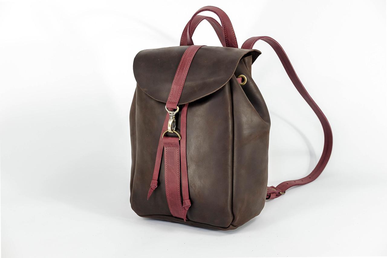 Рюкзак на затяжках с карабином, размер средний Винтажная кожа цвет Шоколад + Бордо