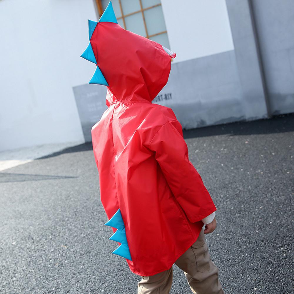 """Дитячий плащ-дощовик SUNROZ з капюшоном на кнопках """"Дракончик"""" M Червоний (SUN5255)"""