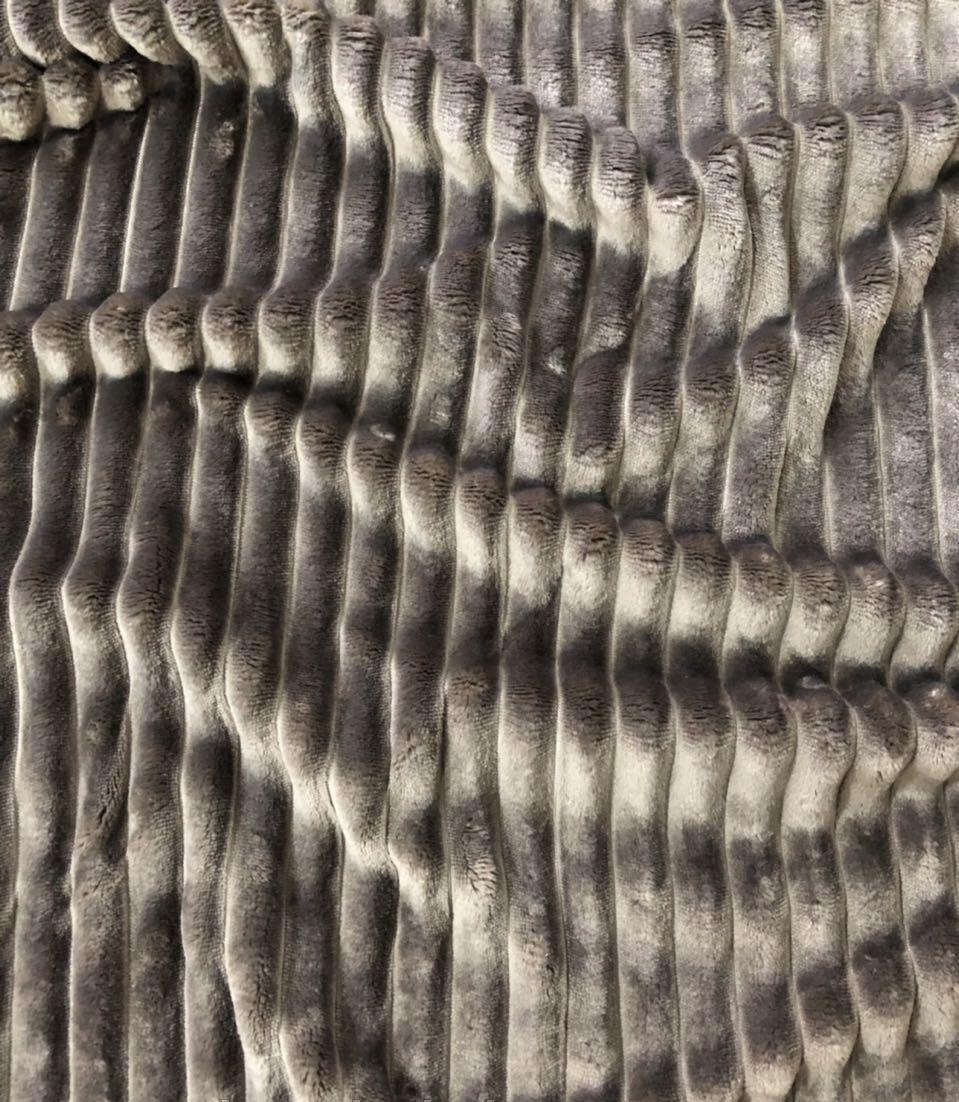 Плюшевый чехол на кушетку 80 см на 200 см - шоколадный (шарпей)