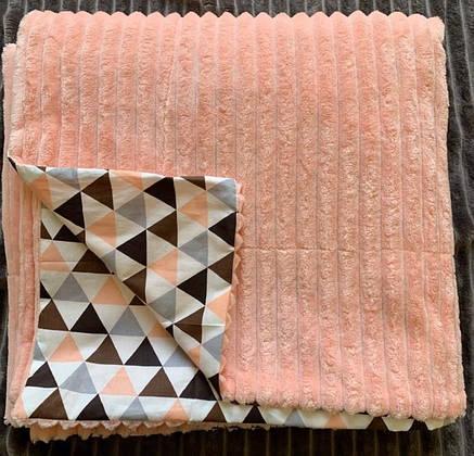 Плюшевый плед на кушетку 120 см на 160 см - персиковый, фото 2