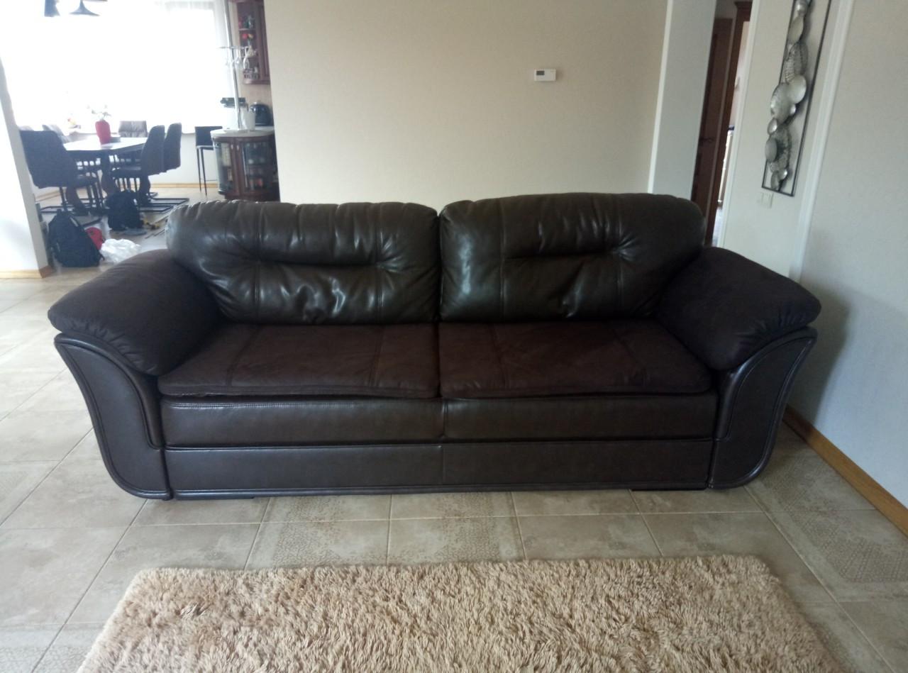 Перетяжка дивана в кожу. Перетяжка мягкой мебели Днепр. Замена поролона в диване Замена пружины в диване Днепр