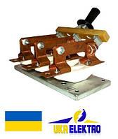 Разъединитель  РЕ19-37-311100  трехполюсный переднего присоединения с центральной рукояткой