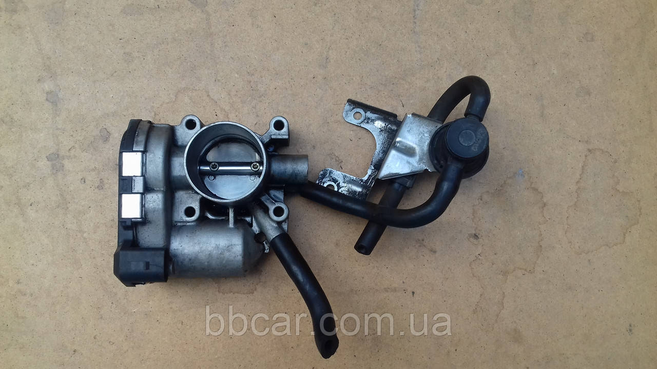Дросельна заслонка Volkswagen Seat ,Golf , Polo , Caddy, Skoda 1991-2004  1.0 , 1.4 , 1.6  VDO 030 133 062 C
