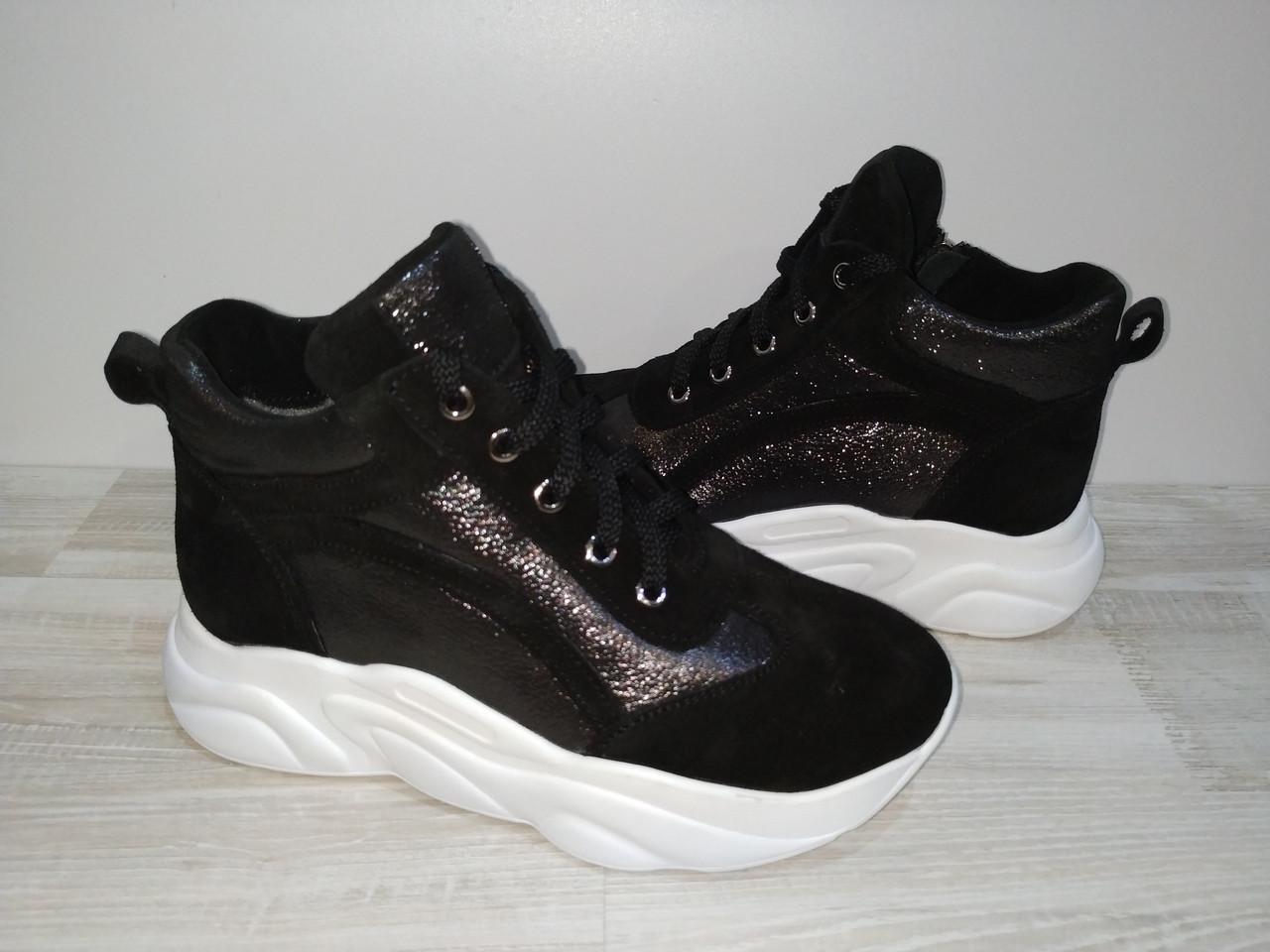 Ботинки сникерсы на шерстяном меху  из натуральной кожи и замши  арт 116 ,черные размеры 32-34.