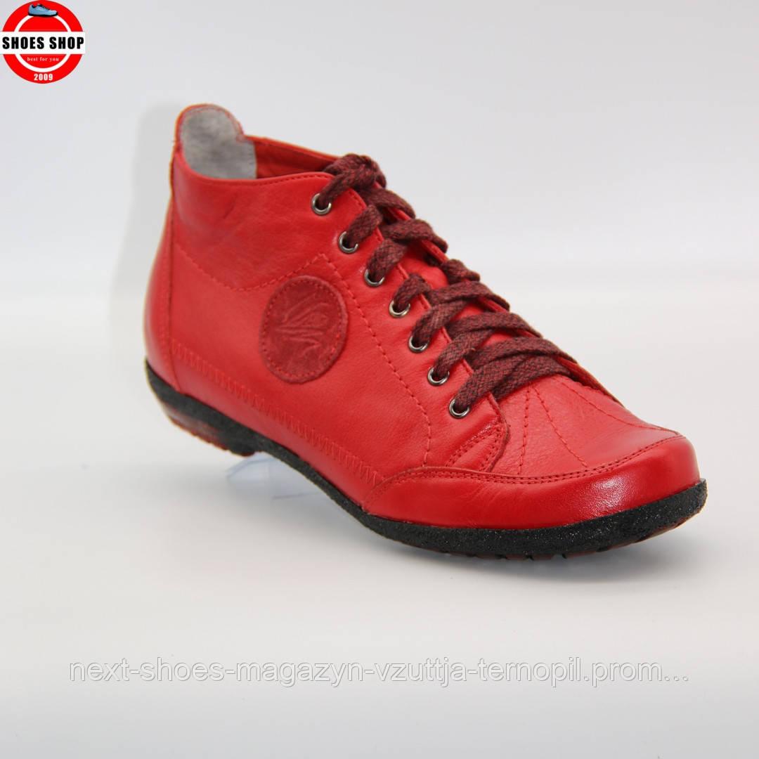 Жіночі кросівки Poland (Польща) червоного кольору. Красиві та комфортні. Стиль: Джессика Біл
