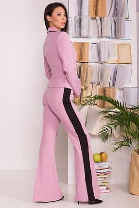 Стильный женский костюм двойка с раклешенными брюками (S, M, L) пудра, фото 2