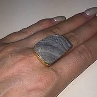 Друза агата кольцо с натуральным камнем друза агата в позолоте. Кольцо с друзой размер 17-17,5 Индия