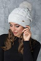 Вязаная шапочка с помпоном Эвелина светло-серая