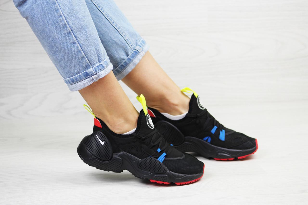 Кросівки жіночі  Nike Air Huarache E.D.G.E   чорні