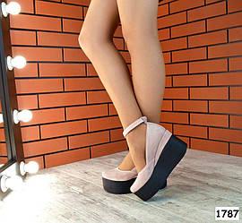 Туфли замшевые на платформе с ремешком, пудра