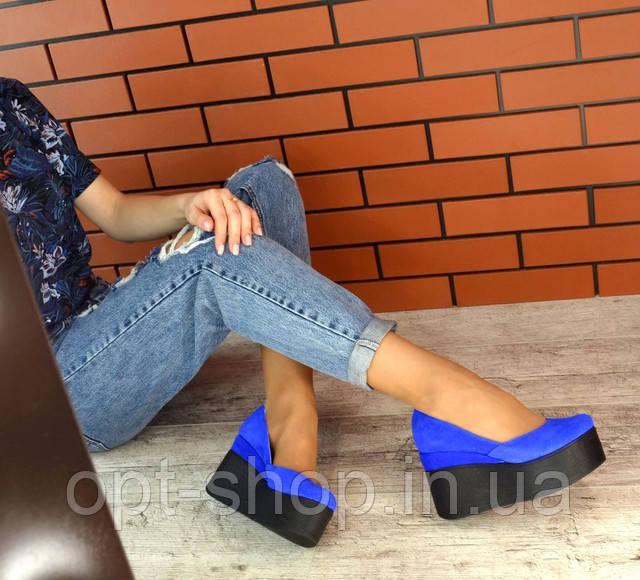 Жіночі туфлі на платформі