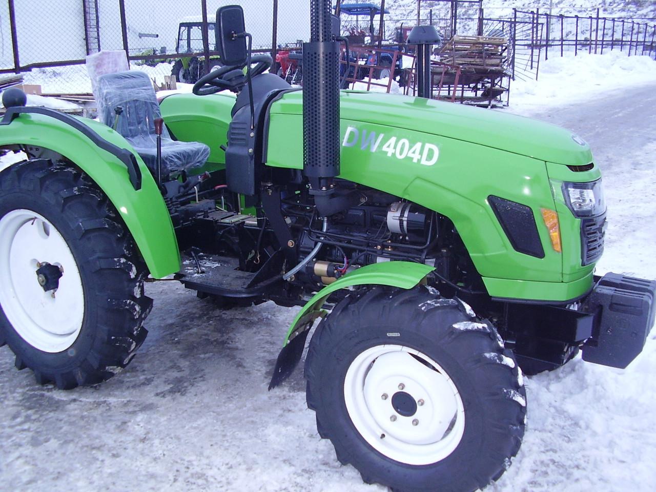 Трактор DW 404DR, (24 л.с., 4х4, 4 цил., ГУР, КПП реверс)