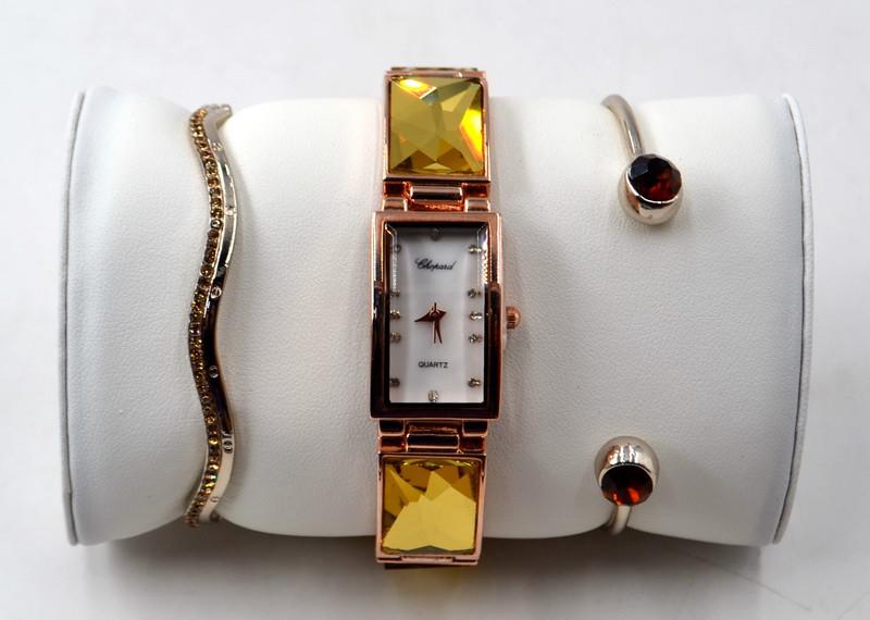 Часы Жёлто-белые