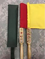 Сигнальные флажки в чехле. Сигнальный флажок армейский. Желтый красный белый