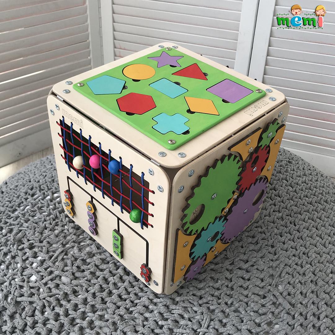 "Бизиборд ""Загадковий Куб"" 30х30х30 см"