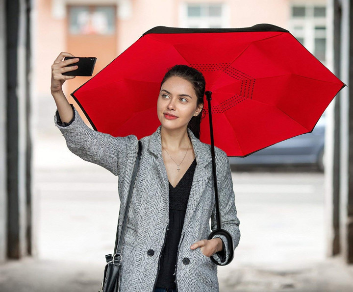 Ветрозащитный зонт обратного сложения Up-Brella красный. Зонт наоборот (обратный зонт, антизонт).