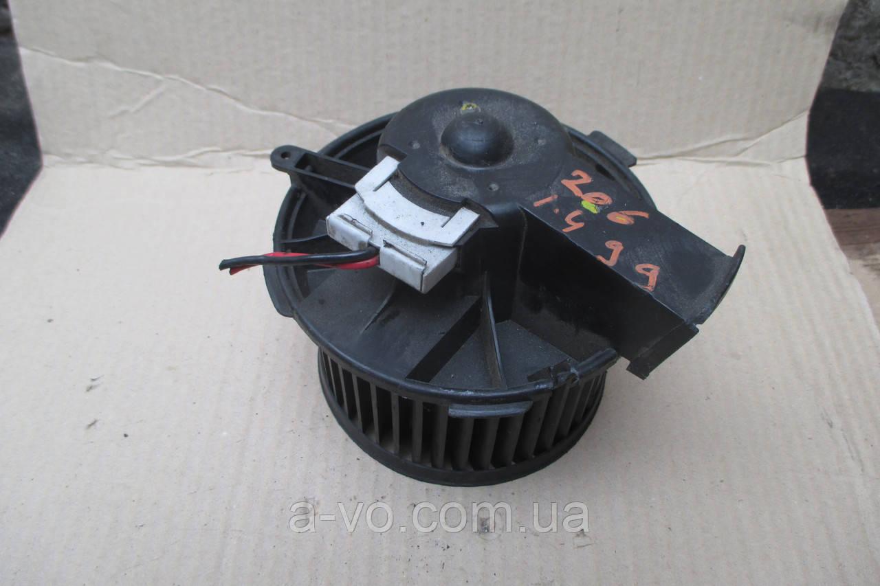Вентилятор моторчик печки для Peugeot 206, 2408101