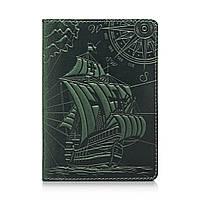 """Оригинальная кожанаяобложка для паспорта зеленого цвета с художественным тиснением""""Discoveries"""", фото 1"""