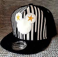 Кепка реперка с прямым козырьком на мальчика черного цвета (Польша) размер 54
