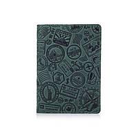 """Оригинальная кожанаяобложка для паспорта зеленого цвета с художественным тиснением """"Let's Go Travel"""", фото 1"""