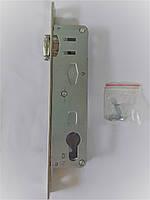 Замок дверной врезной короткий роликовый VORNE (DM 20) для ПВХ дверей