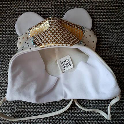 Шапочка на девочку с завязками молочного цвета мики ТМ  (Польша) размер 46 48, фото 2
