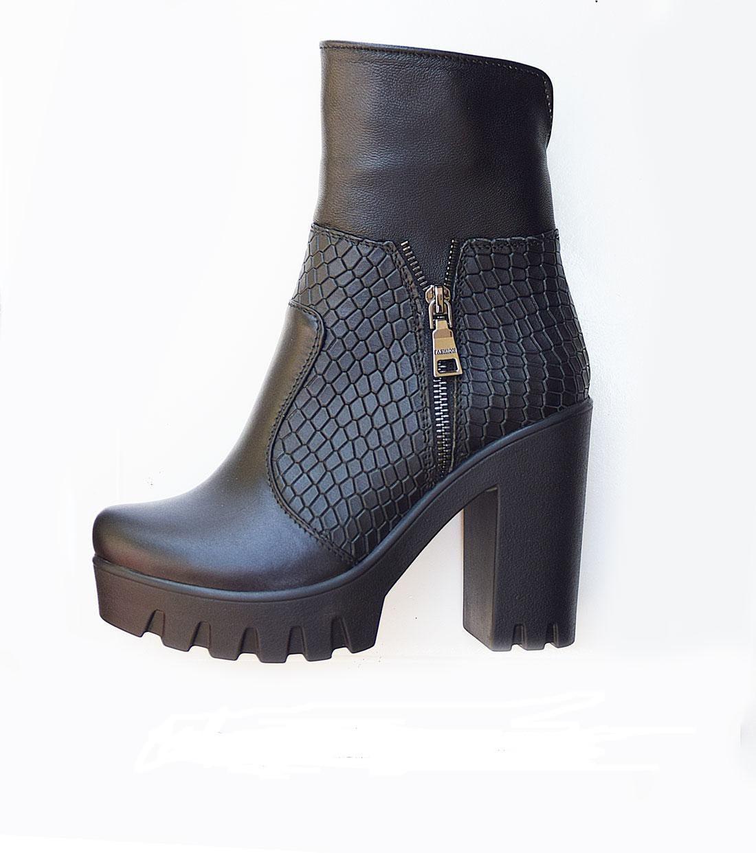 Демисезонные женские ботинки  на каблуке 36-40 черный