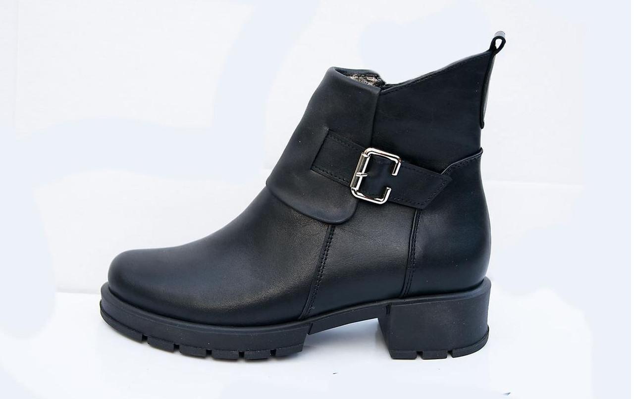 Ботинки женские кожаные осенние   36-41 черный
