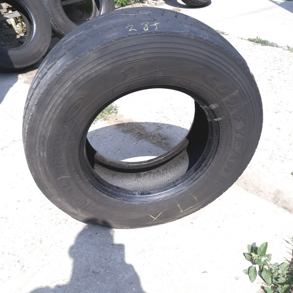 Грузовые шины б.у. / резина бу 305.70.r19.5 Goodyear Regional RHS2 Гудиер