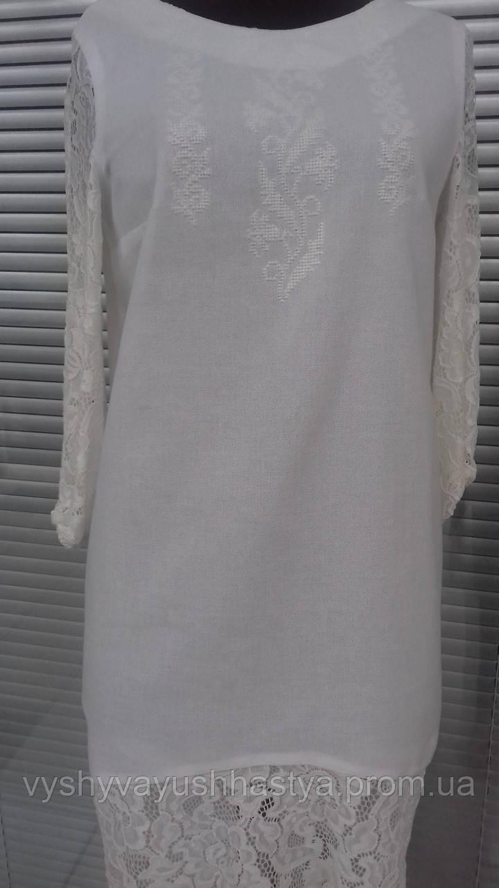 """Стильное молодёжное вышитое платье """"Белым по Белому"""" с гипюром."""