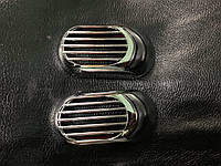 Chevrolet Aveo T300 2011↗ гг. Решетка на повторитель `Овал` (2 шт, ABS)