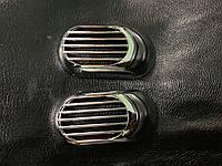 Ford Fiesta 2017↗ гг. Решетка на повторитель `Овал` (2 шт, ABS)