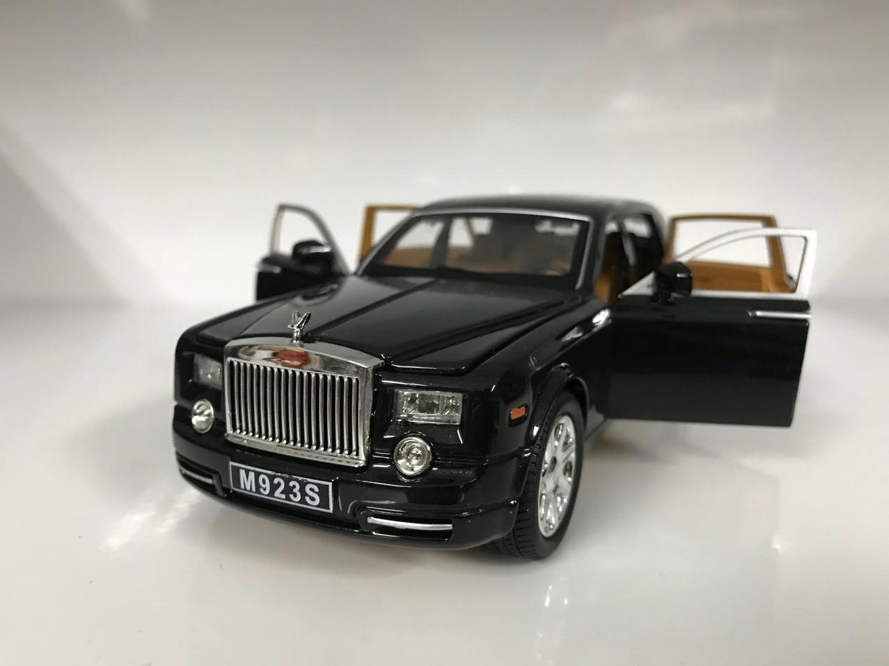 Машинка XLG Rolls Royce Phantom (1:24) черный (01400)