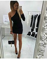 Эффектное платье на одно плечо