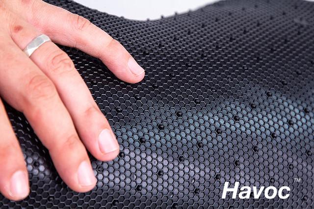 Фиксирующие шипы на обратной стороне коврика