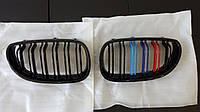 Решетка радиатора BMW E60 M5 E61 ноздри бмв м5 триколор Grill
