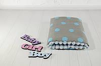 Подушка для кормления и укачивания новорожденных, на руку - голубые горохи