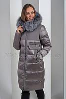 Красивый пуховик с комбинацией из матовой и блестящей ткани с чернобуркой Peercat 19-093 цвета капучино, фото 1