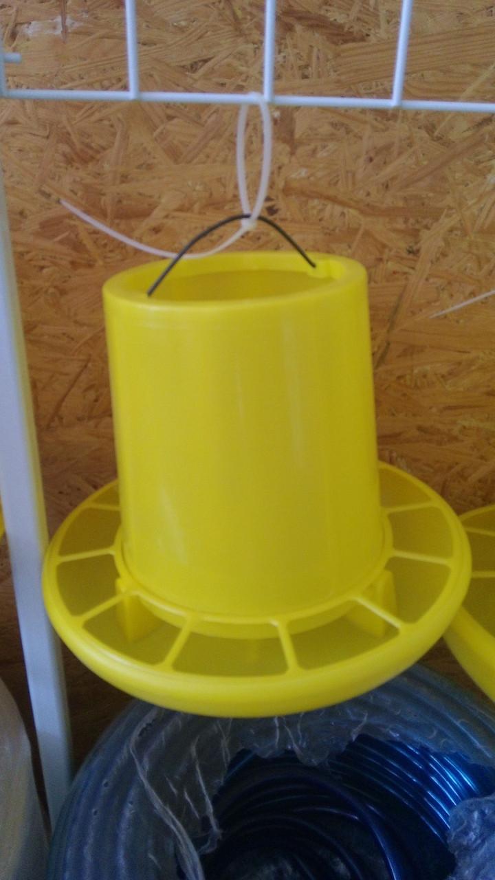 Кормушка желтая объем 3 кг