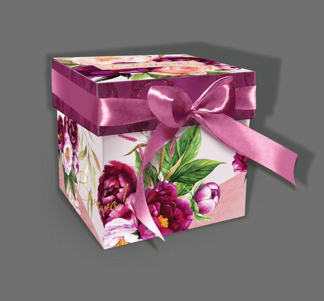 Подарочная коробка из бумаги фото